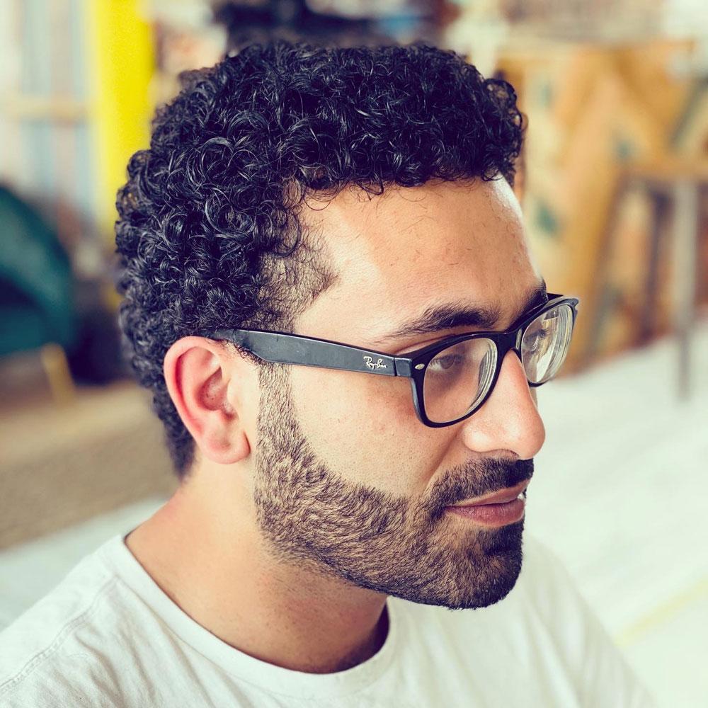 samlic-cuts-&-coffee-gents-cut-&-beard-shape-up